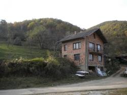 продава-къща-с-правешка-лакавица-3524