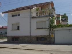 продава-къща-гр-ботевград-3621