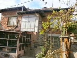 продава-къща-с-дренов-4157