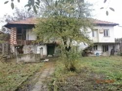 продава-къща-с-слатина-4410