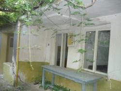 продава-къща-с-брестово-5276