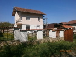 продава-къща-с-соколово-5371
