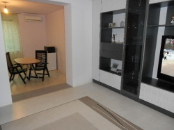 продава-тристаен-апартамент-бургас-център-6685