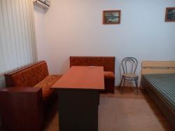 дава-под-наем-едностаен-апартамент-бургас-7363