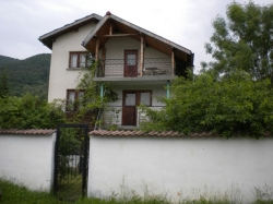 продава-къща-гр-правец-8045
