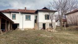 Къща с. Радювене