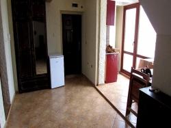 продава-едностаен-апартамент-бургас-център-8850