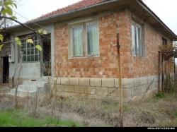 продава-къща-с-паницово-9554