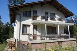 продава-къща-с-сопот-10100