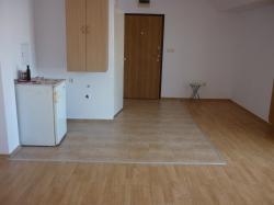 продава-двустаен-апартамент-бургас-център-10241
