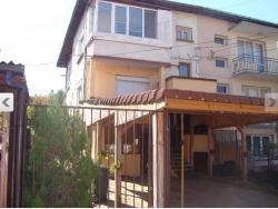 продава-етаж-от-къща-гр-ловеч-гозница-11009