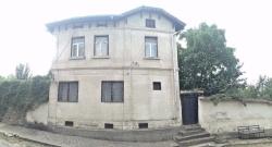 продава-къща-с-румянцево-11084
