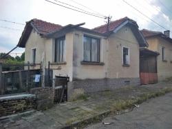 продава-къща-с-скобелево-11356