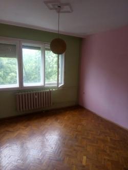 продава-тристаен-апартамент-гр-плевен-широк-център-12859