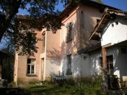 продава-къща-с-равнище-13474
