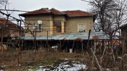 продава-къща-с-славяни-13905