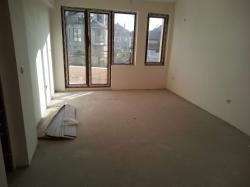 Продава Тристаен Апартамент Бургас
