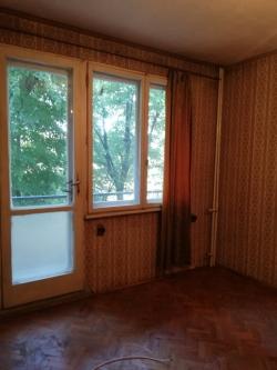 продава-тристаен-апартамент-гр-плевен-широк-център-15923