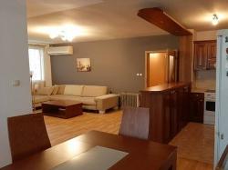 продава-тристаен-апартамент-бургас-център-14937